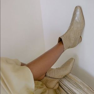 LOQ matea ankle boot